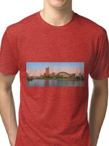 Adelaide Riverbank panorama Tri-blend T-Shirt