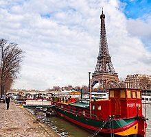 Tour Eiffel sur la Seine - Parisian Scene by Mark Tisdale