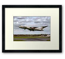 Handley Page Victor K.2 XL188 Framed Print