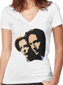 Mulder and Skully Women's Fitted V-Neck T-Shirt
