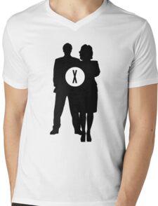 Skully and Mulder Mens V-Neck T-Shirt