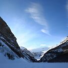 Sky above Lac Louise by zumi