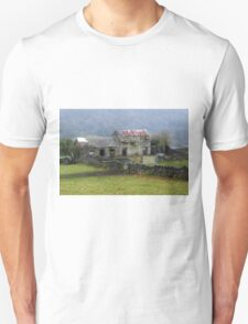 Derelict Cottage, Hope Valley, Eyam T-Shirt