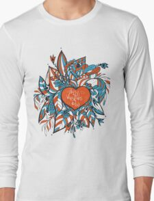 sketchy love and hearts doodles, vector illustration Long Sleeve T-Shirt