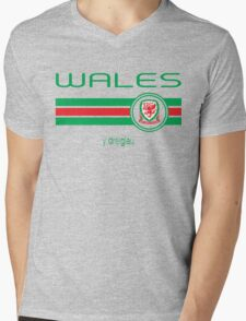 Euro 2016 Football - Wales (Home Red) Mens V-Neck T-Shirt