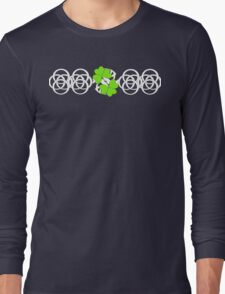 Irish Themed Green Shamrocks Celtic Knots Graphic Long Sleeve T-Shirt