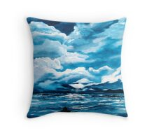 Rowing home Throw Pillow