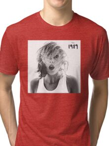 Taylor swift - 1989 -Surprised Tri-blend T-Shirt