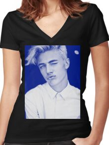 Lucky Blue Smith - Kiss Women's Fitted V-Neck T-Shirt
