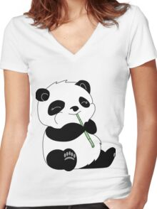 Panda Women's Fitted V-Neck T-Shirt