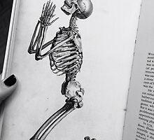 Skeleton Praying by alyssamio