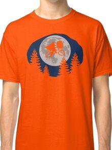 A sci-fi night Classic T-Shirt