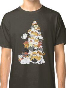 cat pile Classic T-Shirt