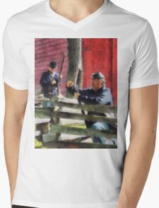 Union Soldier Loading Rifle Mens V-Neck T-Shirt