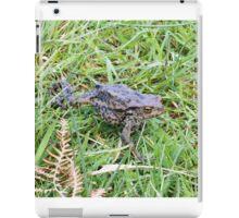 Toad walking iPad Case/Skin