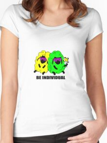 be individual Women's Fitted Scoop T-Shirt