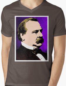 CLEVELAND Mens V-Neck T-Shirt