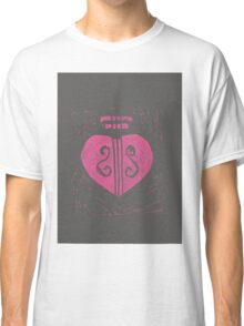 HeartStrings -Pink on grey Classic T-Shirt