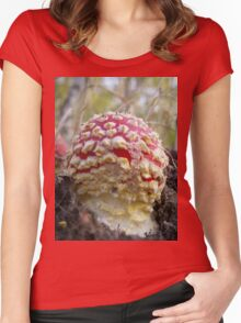 Baby Toadstool Women's Fitted Scoop T-Shirt