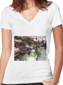 Beaune Market Women's Fitted V-Neck T-Shirt