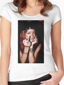 Rihanna Women's Fitted Scoop T-Shirt