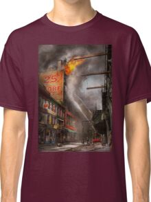 Fireman - New York NY - Show me a sign 1916 Classic T-Shirt