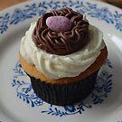 Robin's Cupcake by paulineca