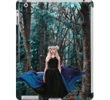 She walks with the spirit of the woods iPad Case/Skin