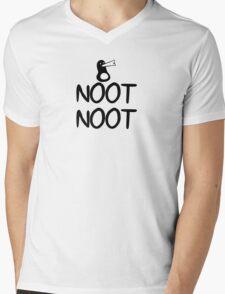 AEiF: Simply Noot Mens V-Neck T-Shirt