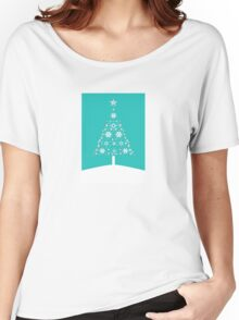 Christmas Tree Made Of Snowflakes On Jade Background Women's Relaxed Fit T-Shirt