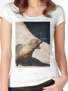 Seal Women's Fitted Scoop T-Shirt