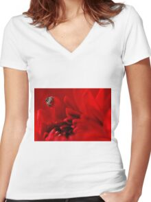 jumping spider and red dalhia Women's Fitted V-Neck T-Shirt