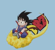 GOKU AND HIS CLOUD  Kids Tee