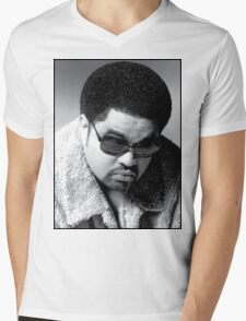 Heavy D up in the limousine Mens V-Neck T-Shirt
