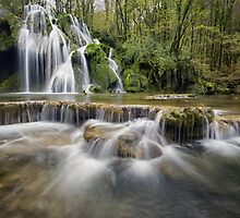 Waterfall by franceslewis