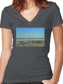 Freezing North Sea Women's Fitted V-Neck T-Shirt