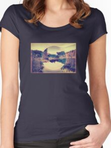 Trippy - Creek Women's Fitted Scoop T-Shirt