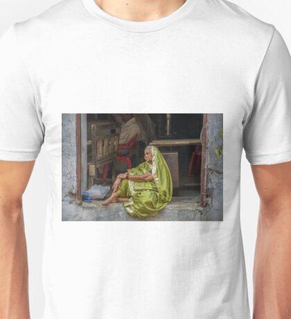 Sari Daydreams Unisex T-Shirt