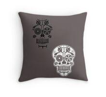 Skull shirt 2 Throw Pillow