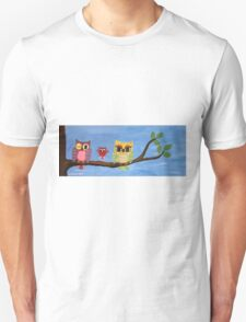 owl family on a tree I Unisex T-Shirt