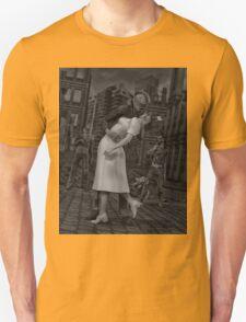 Zombies Kiss BW T-Shirt