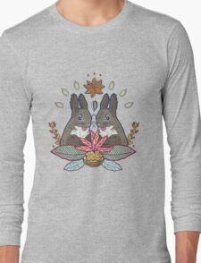 squirrel love Long Sleeve T-Shirt