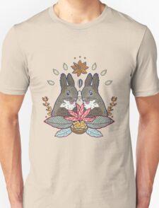 squirrel love Unisex T-Shirt