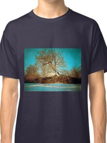 A digital painting of a Romanian Winter scene Classic T-Shirt