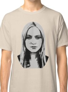 Etta Bishop - Resist Classic T-Shirt