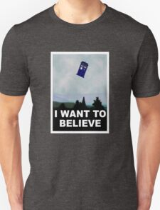 """""""I Want To Believe"""" Police Public Call Box version.  Unisex T-Shirt"""