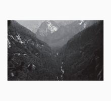 Yosemite Valley View Plate 4 One Piece - Long Sleeve