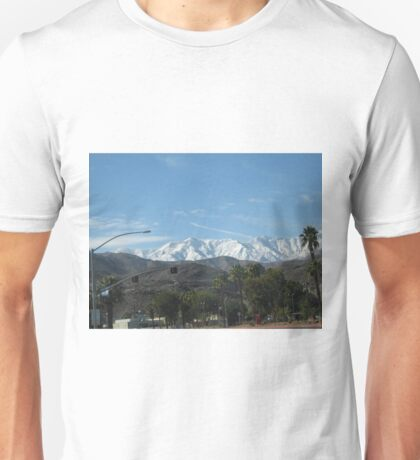 CONTRASTING MOUNTAIN VIEWS Unisex T-Shirt