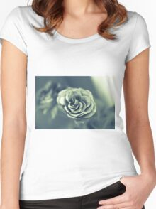 Red Rose in Grey Women's Fitted Scoop T-Shirt