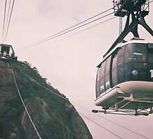 Sugarloaf cable car by vvinicius